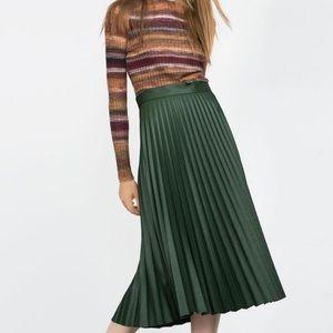 Zara Green Pleated Midi Skirt